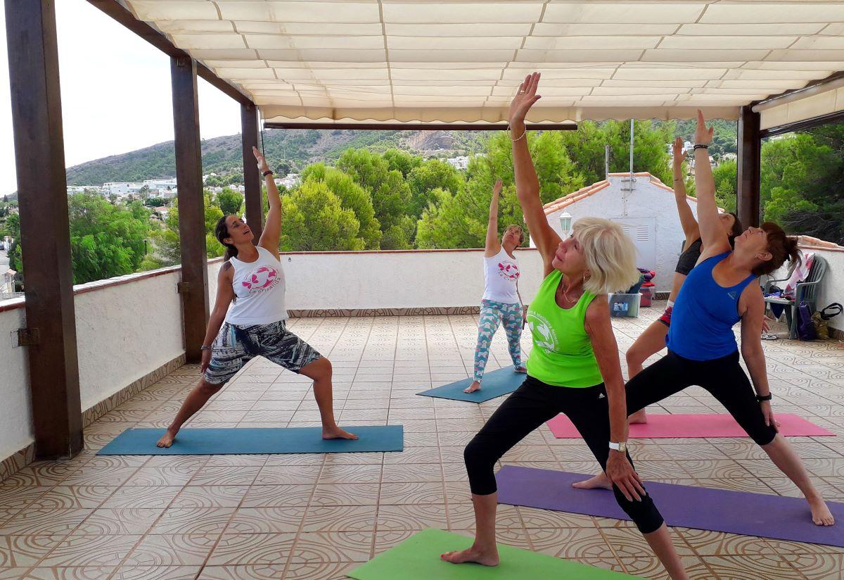 Activity essentials yoga and vinyasa yoga at our yoga retreat Spain