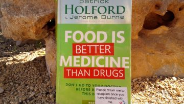 Book review - Food is Better Medicine than Drugs by Patrick Holford