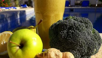 Ginger-apple broccoli juice recipe