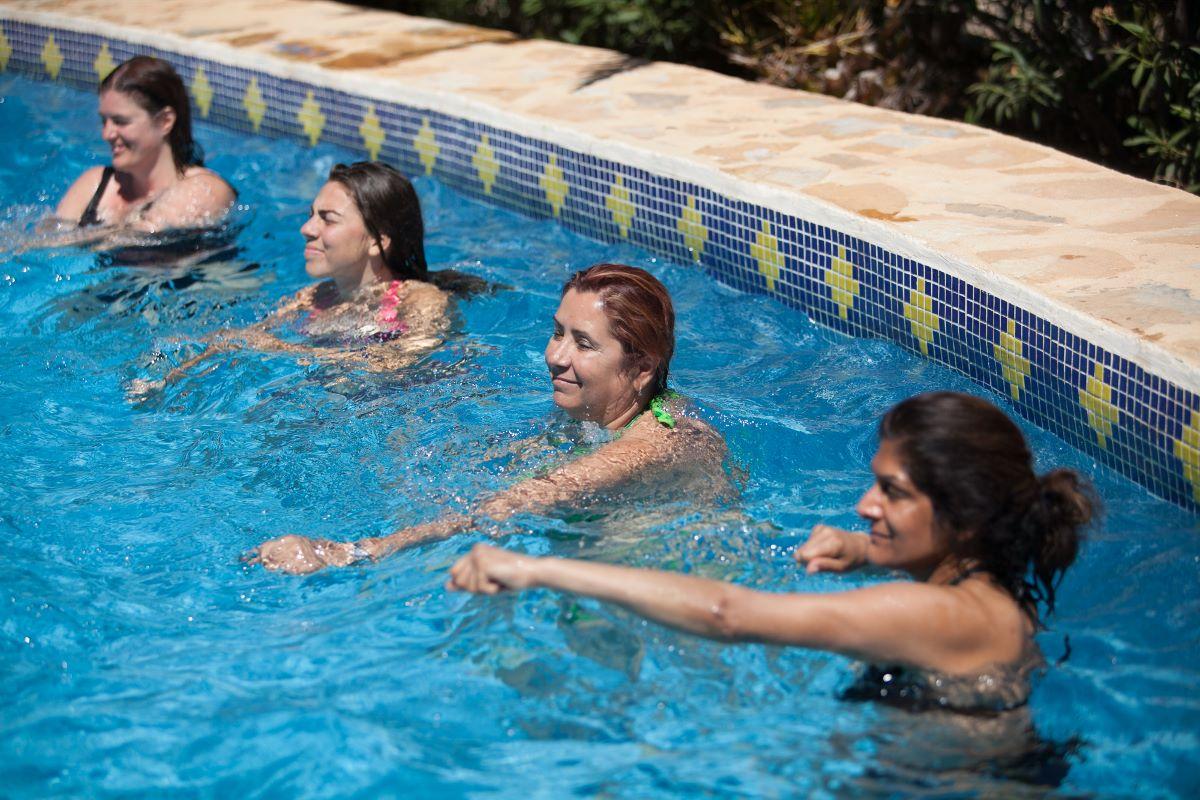 aqua aerobics class health and wellbeing retreat Spain