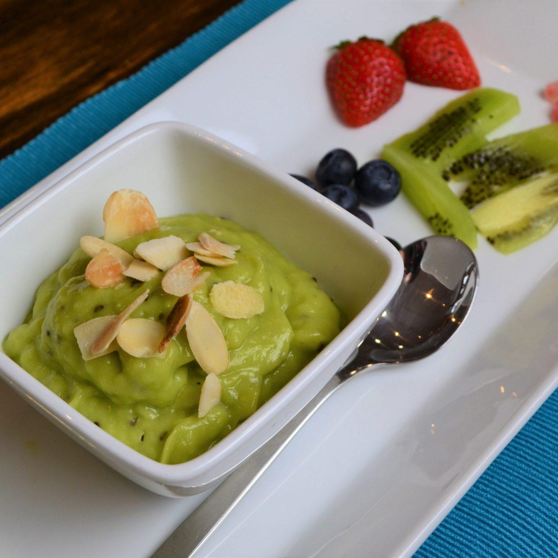 Kiwi lime pudding recipe vegan dessert from La Crisalida Retreats