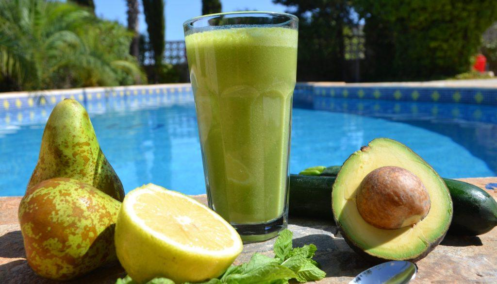 Minty pear juice recipe juice detox retreat Spain