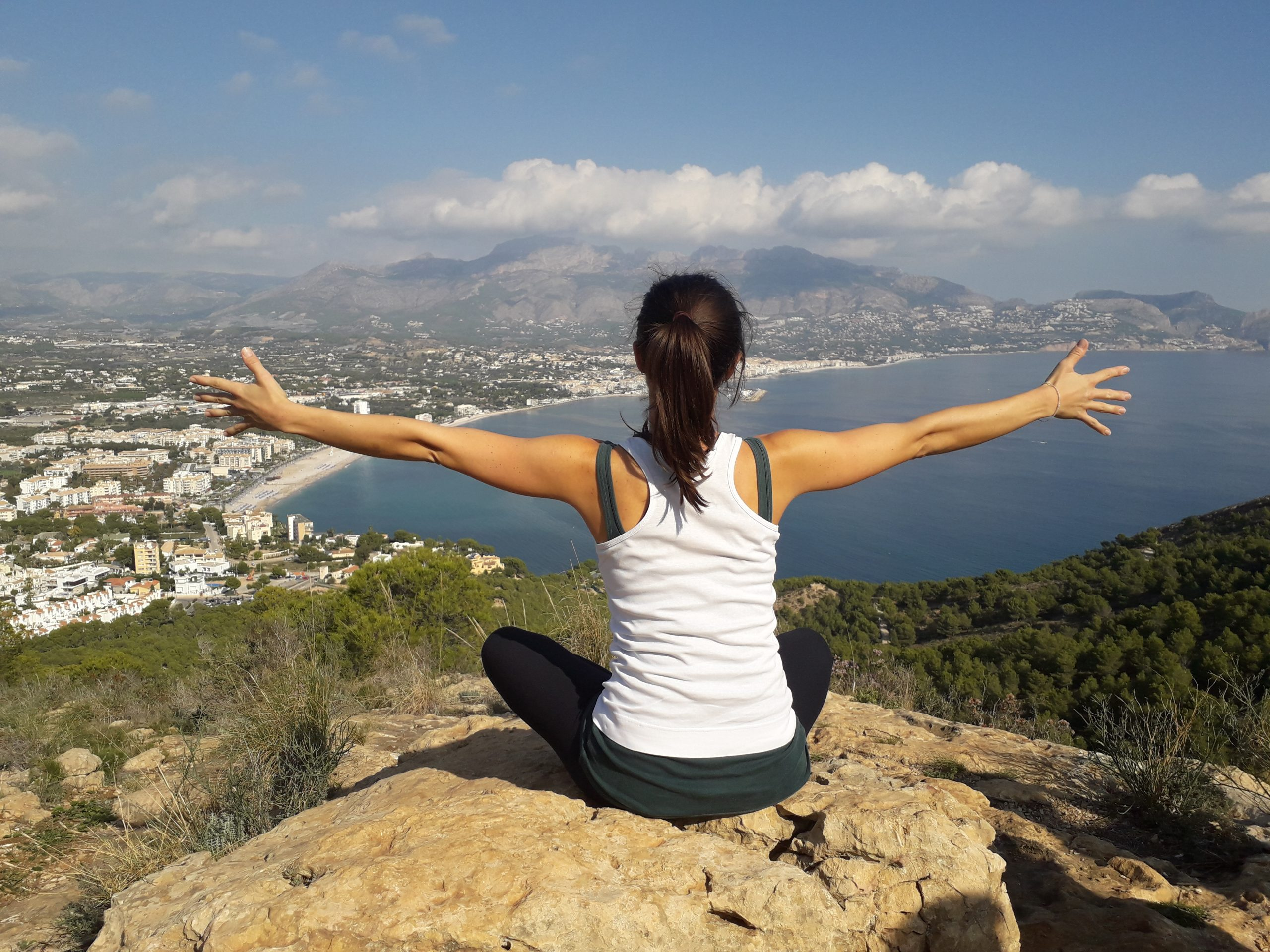 Learn to value yourself and live a life you love free webinar La Crisalida