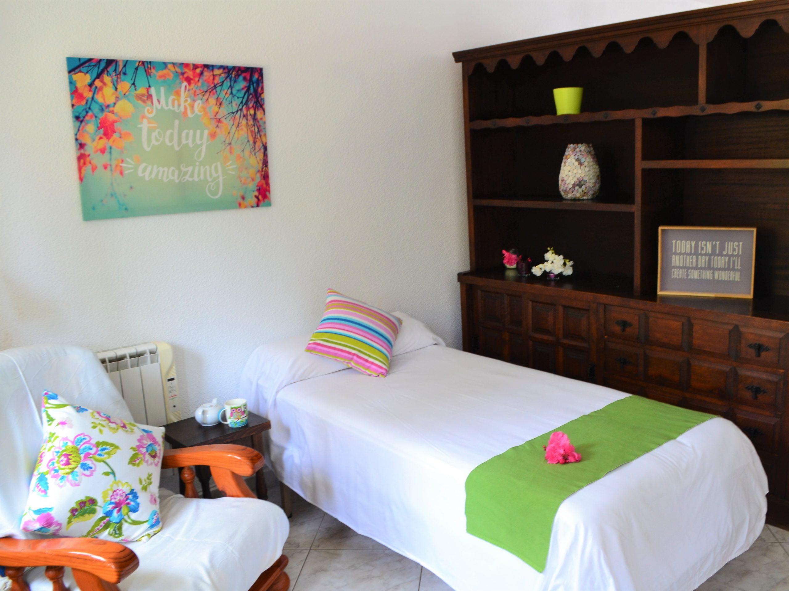 twin share apartment comfy accommodation la crisalida